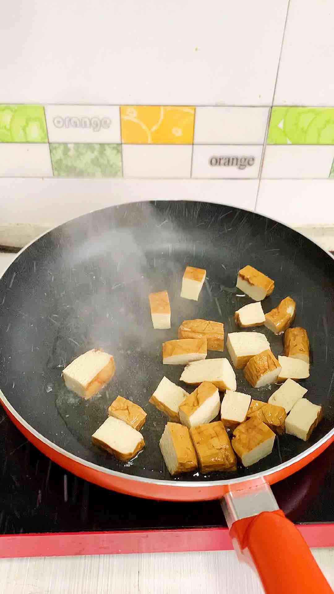 五香豆干炒木耳的家常做法