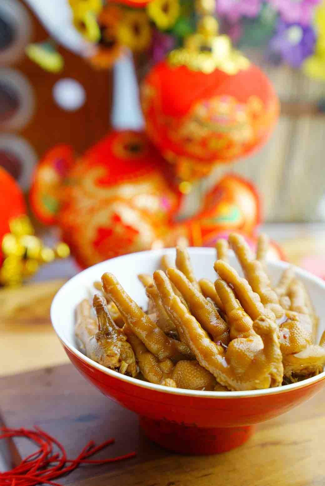 麻辣卤鸡爪,年菜里不可缺少的一道菜成品图
