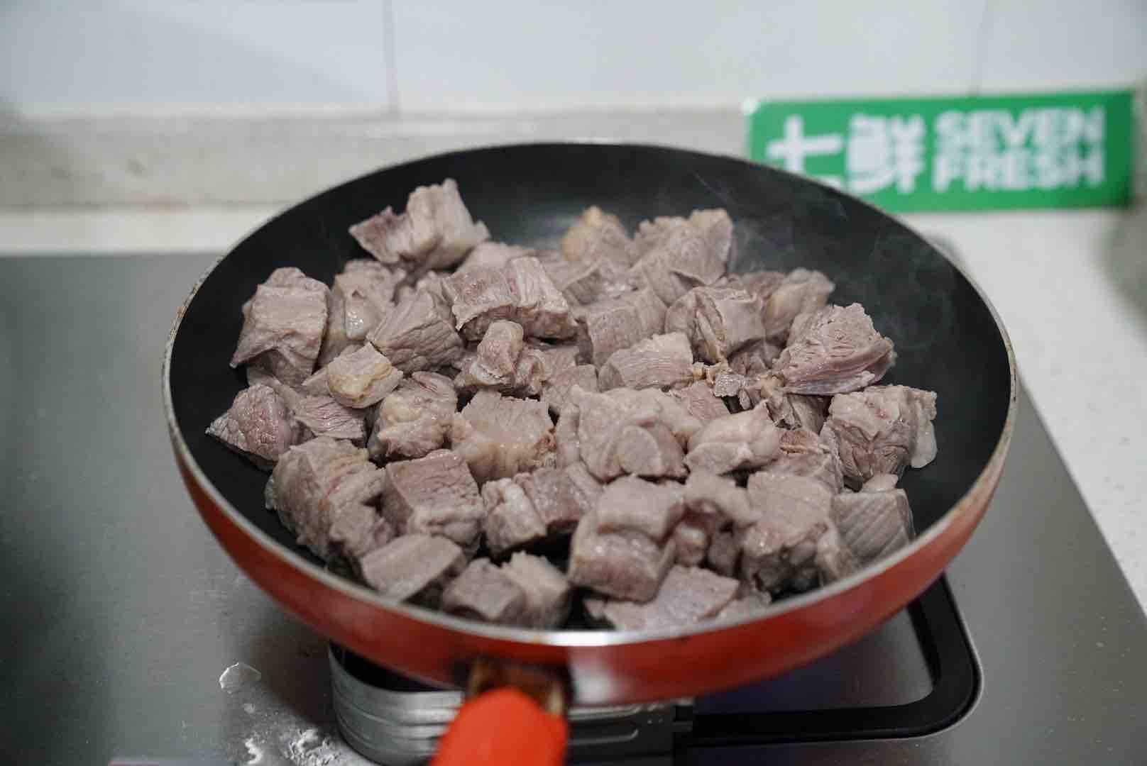 春节家宴营养煲,有时蔬有牛腩,荤素搭配营养均衡的家常做法