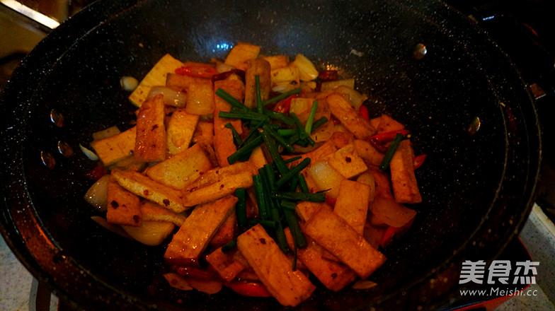 酱焖白豆腐干的制作方法