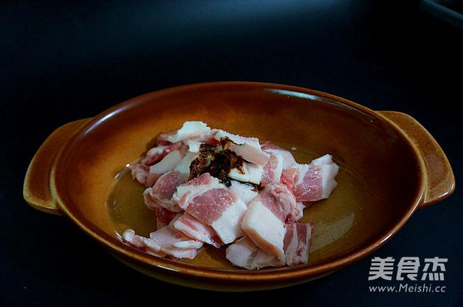 五花肉酱炒土豆片的家常做法