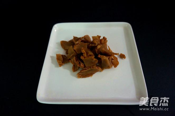 五花肉酱炒土豆片怎么吃