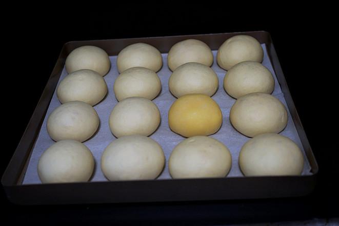 奶黄小餐包-附奶黄馅儿做法的制作