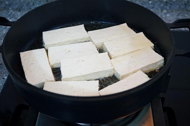 香辣草鱼豆腐煲怎么煸