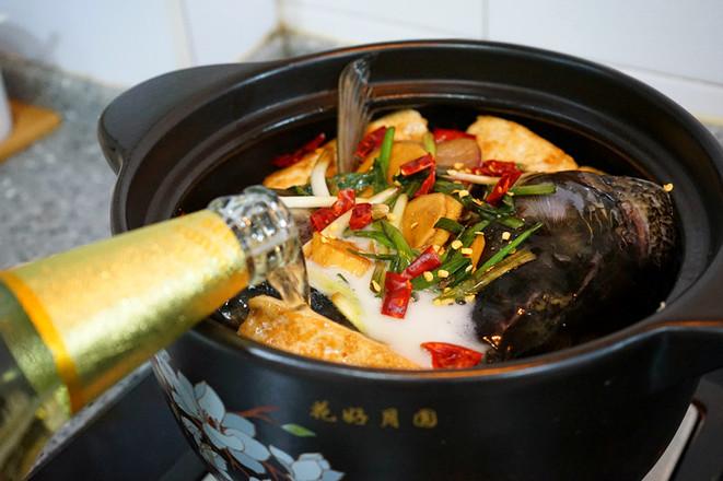 香辣草鱼豆腐煲的制作方法