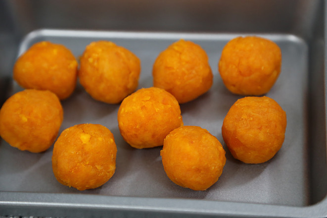 青团----咸蛋黄肉松青团和红豆沙青团超级详细做法怎么做