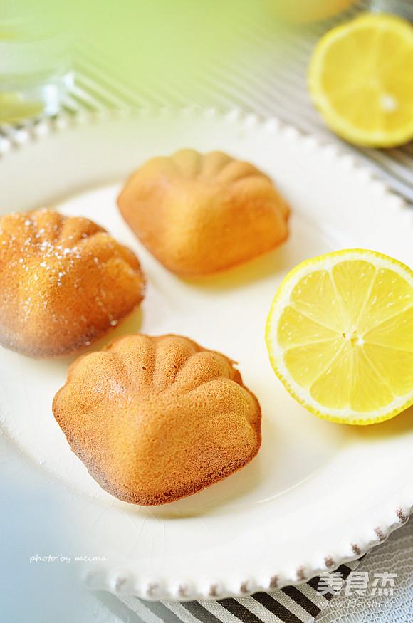 柠檬蜂蜜蛋糕成品图