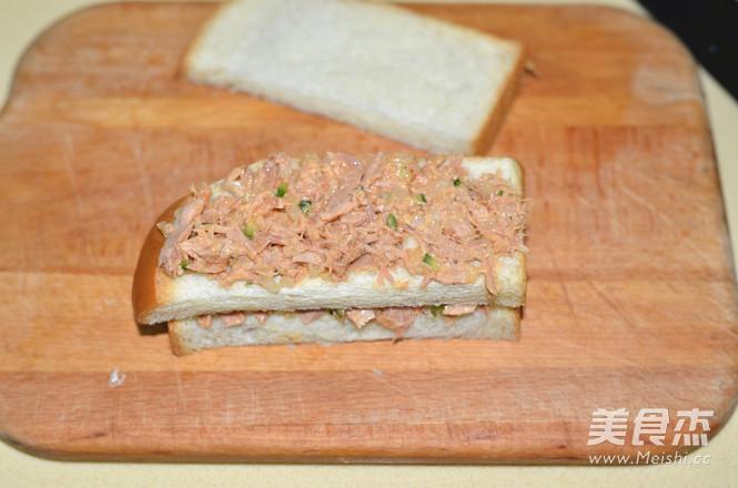 金枪鱼黄瓜三明治怎样做