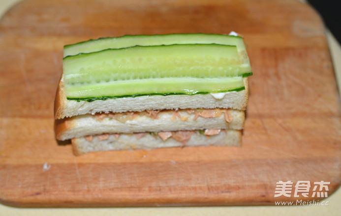 金枪鱼黄瓜三明治怎样炒