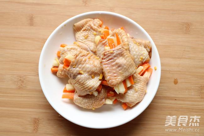 胡萝卜土豆酿鸡翅怎么吃