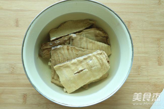 江西特有榨笋干肉包的简单做法