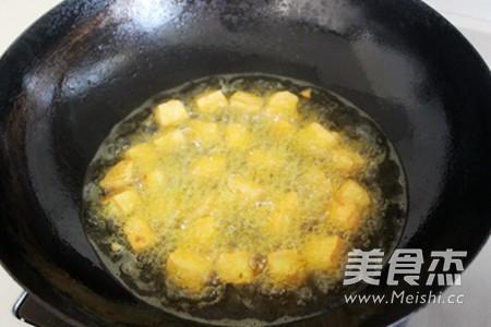 微波油豆腐粉丝汤的步骤