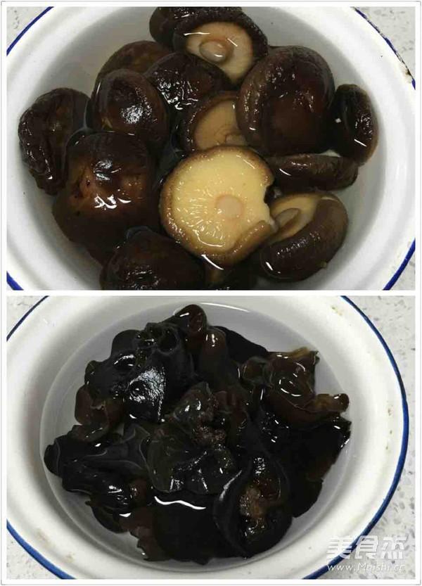 香菇木耳鲜肉水饺的做法大全