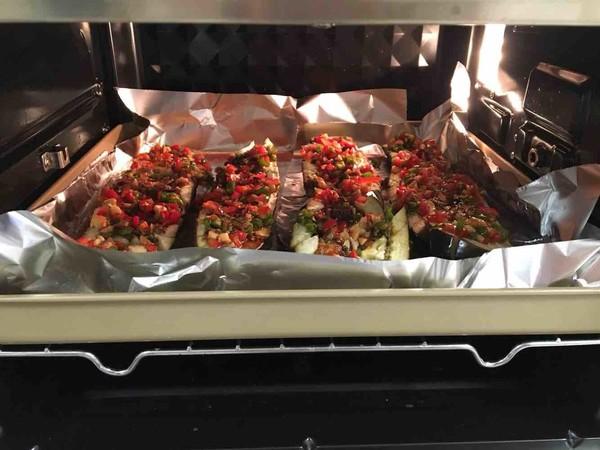蒜蓉肉末辣椒烤茄子的简单做法