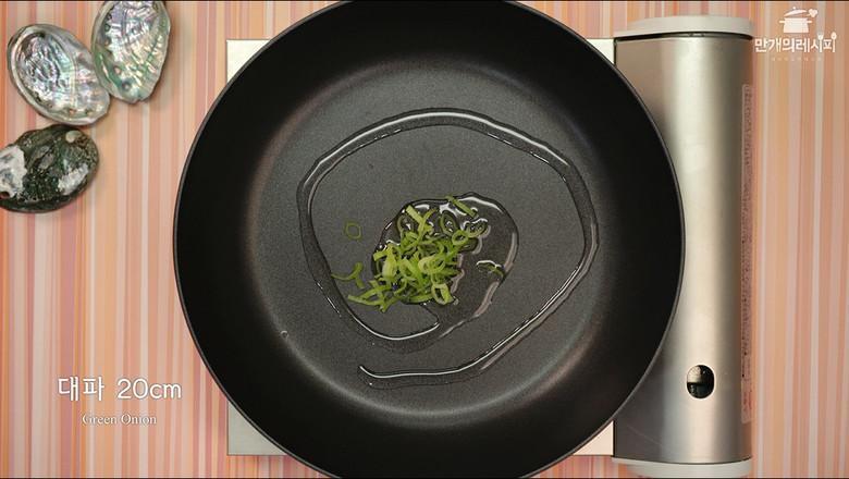 鲍鱼炒饭的做法图解