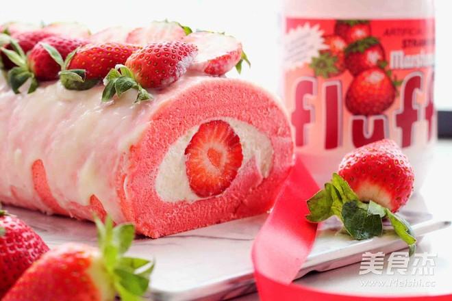 草莓味棉花糖蛋糕卷怎样做