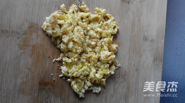 韭菜鸡蛋锅贴怎么煮