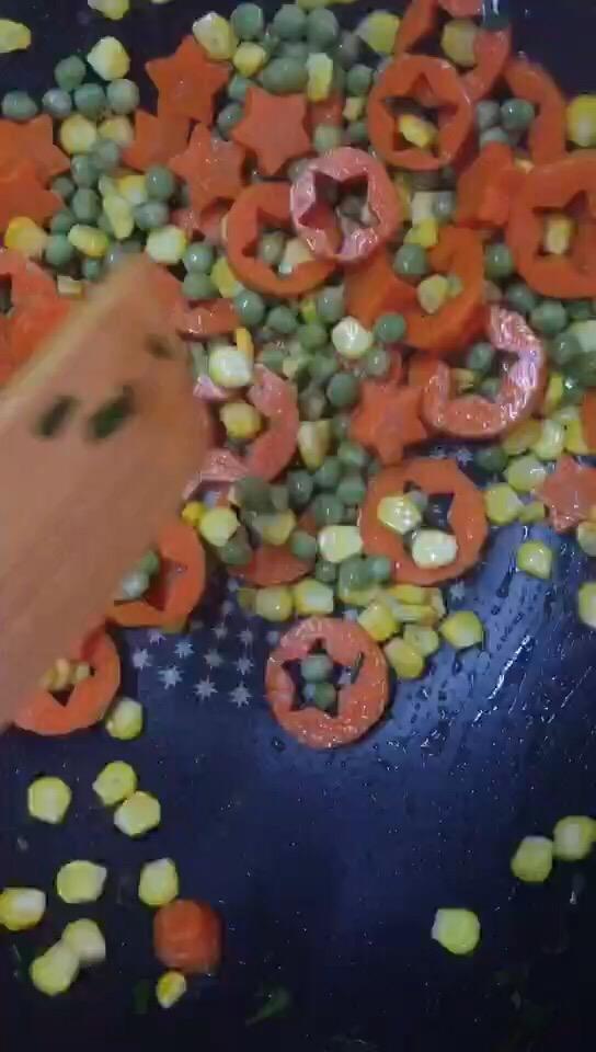 奶香松仁玉米怎么炒