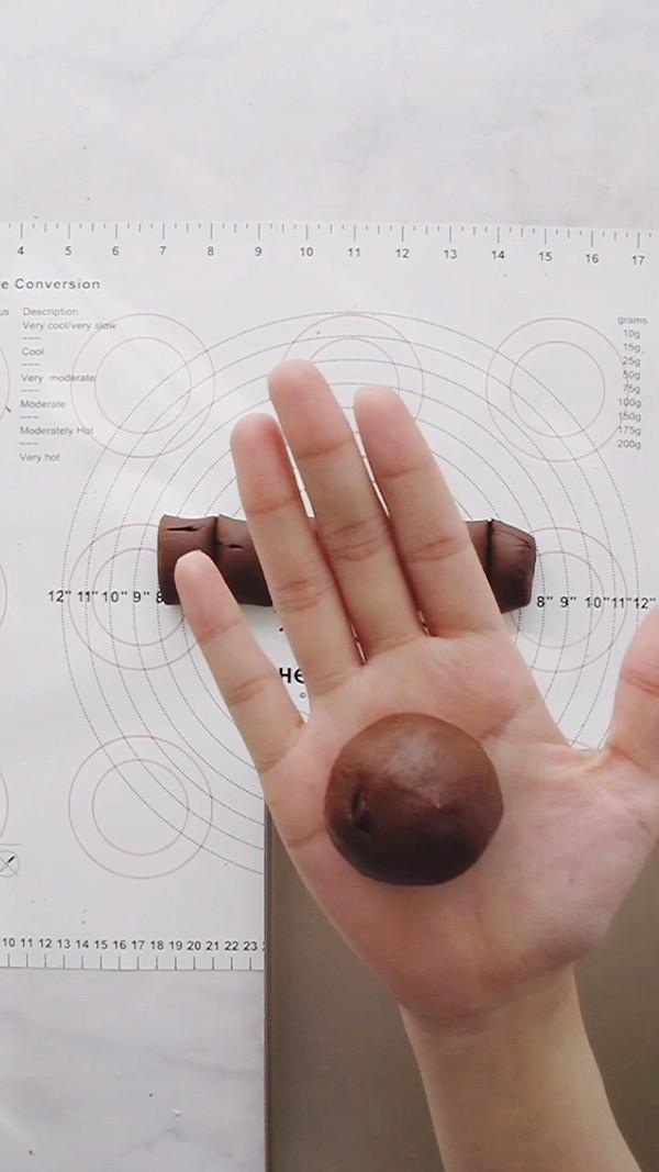 爆浆巧克力可可麻薯包怎么做
