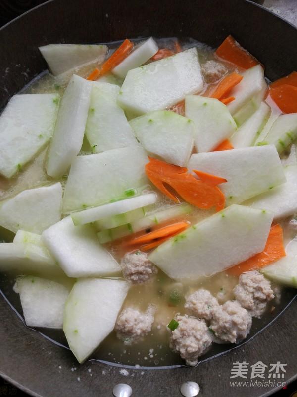 冬瓜丸子汤的步骤