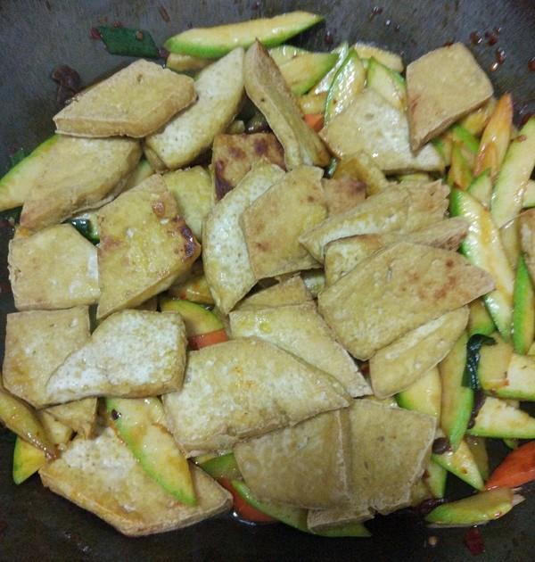 西胡溜豆腐怎么煮