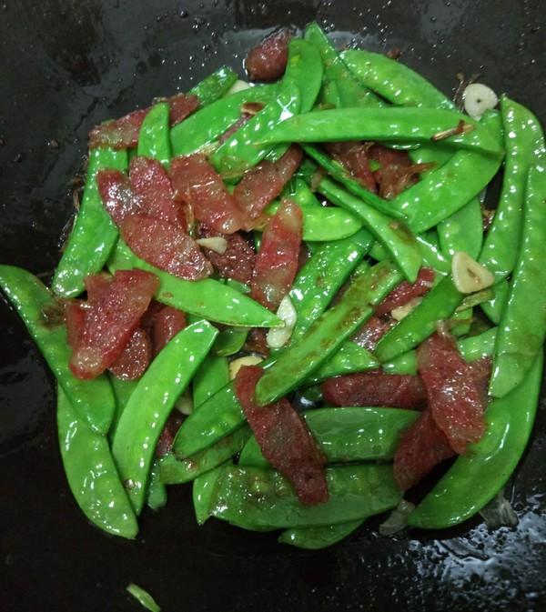 腊肠炒荷兰豆怎么煮