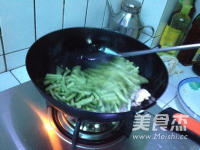 干炒豇豆怎么吃