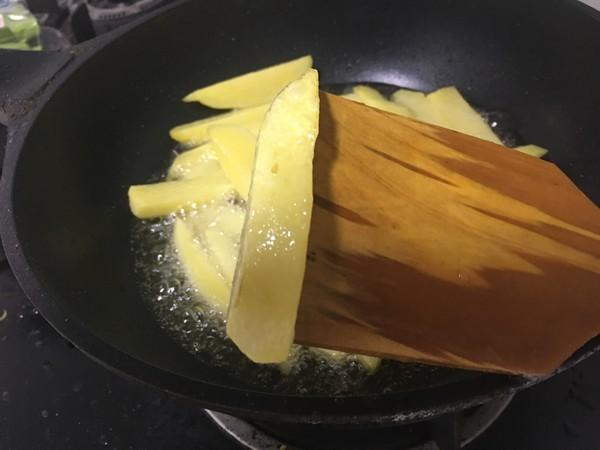 土豆干锅虾的简单做法