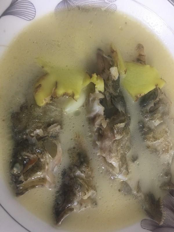 石九公鱼汤的步骤