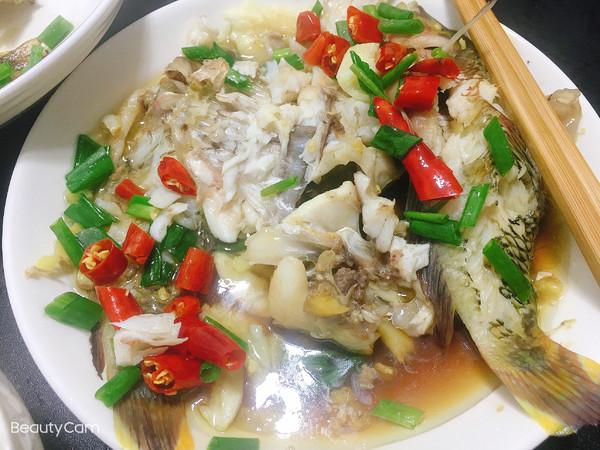 清蒸海鱼(马面鱼&哨牙妹鱼)成品图