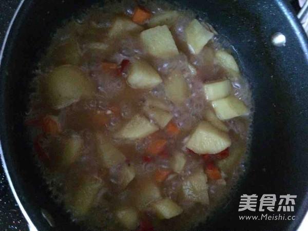 土豆萝卜炖鸭肉怎么煸
