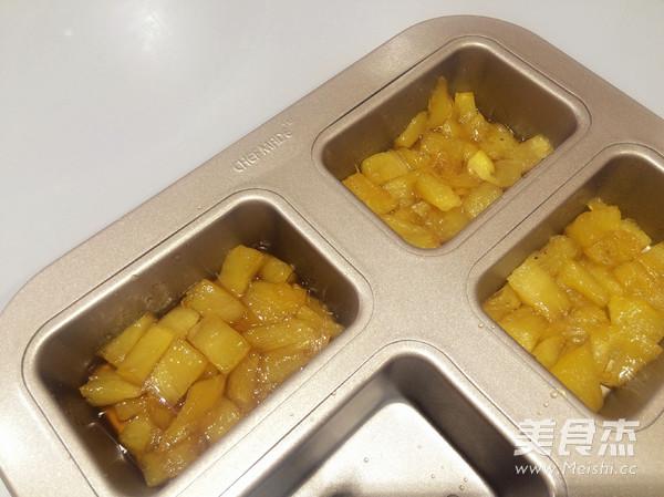 焦糖菠萝反转蛋糕怎么吃