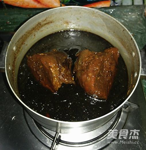 卤牛肉的制作方法