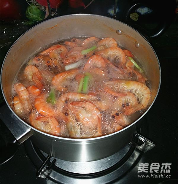 盐水对虾怎么吃