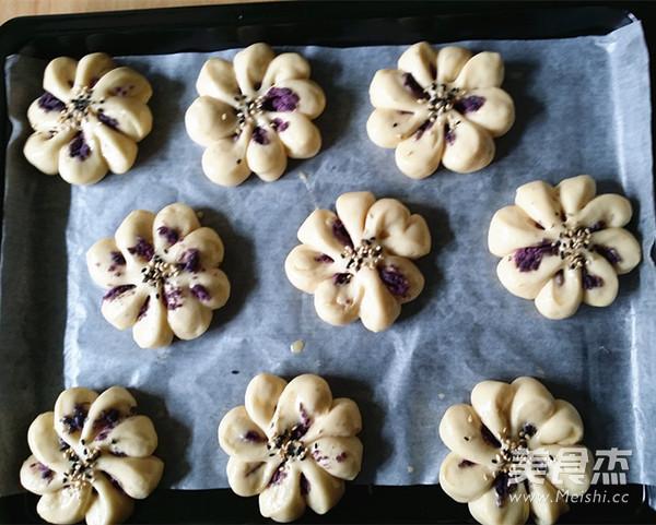 紫薯菊花小面包的做法大全