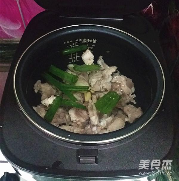 冬瓜海带排骨汤的家常做法