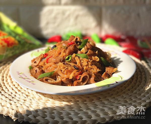 霸王超市 | 东北酸菜熘肥肠成品图