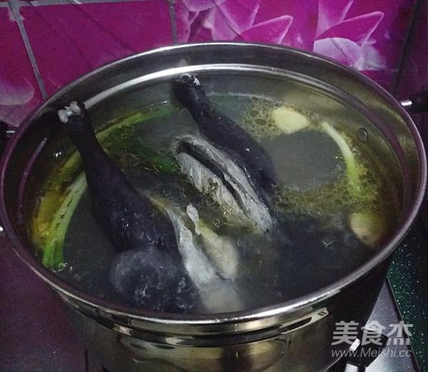 乌骨鸡枸杞汤怎么做