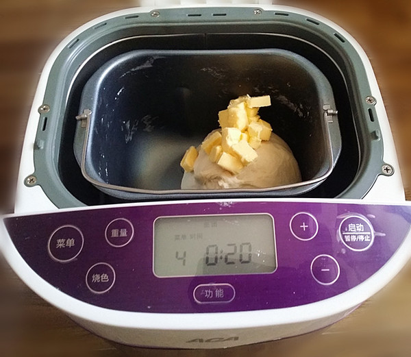 白桃果酱吐司卷丘比果酱的简单做法
