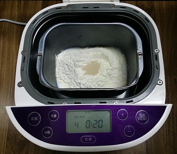 豆沙花面包的做法图解