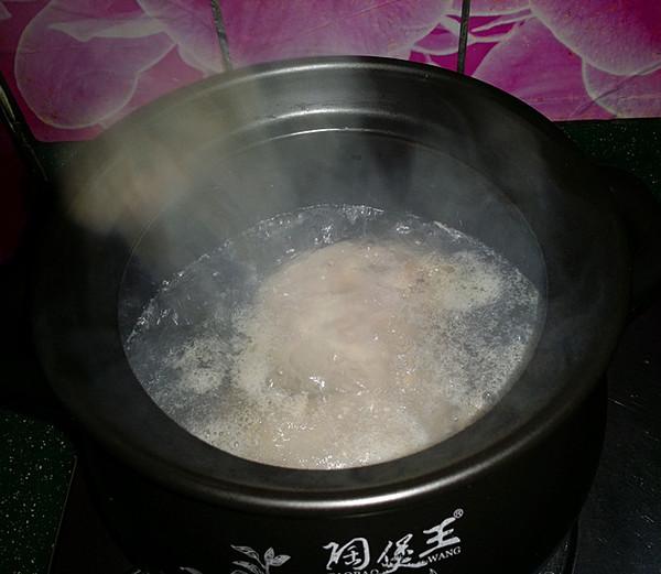 鸭腿腌菜汤怎么炒