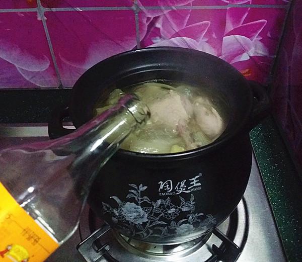 鸭腿腌菜汤怎样做