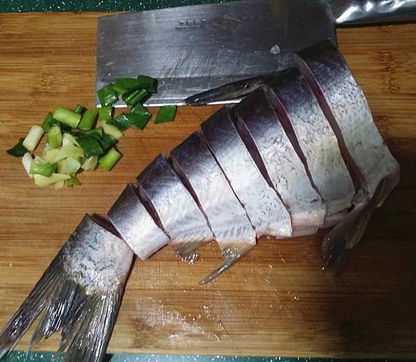 砂锅焗鱼块的做法图解