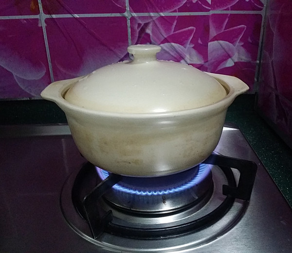 砂锅焗鱼块怎么煸
