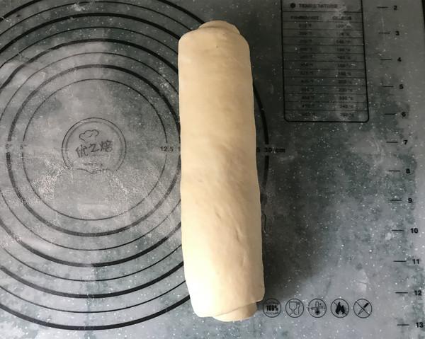 紫薯辫子面包怎么煸