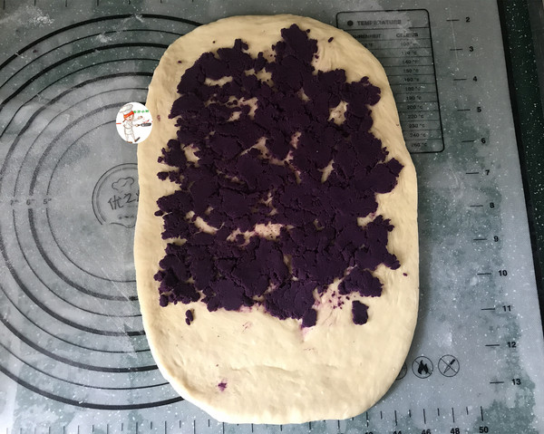 紫薯辫子面包怎么炖