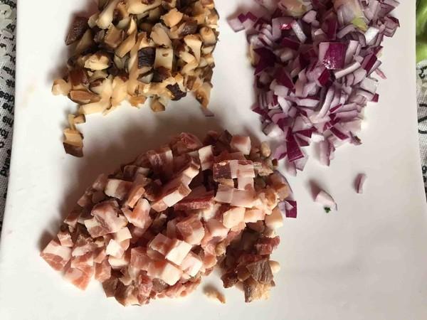 熏肉香菇炒饭怎么做