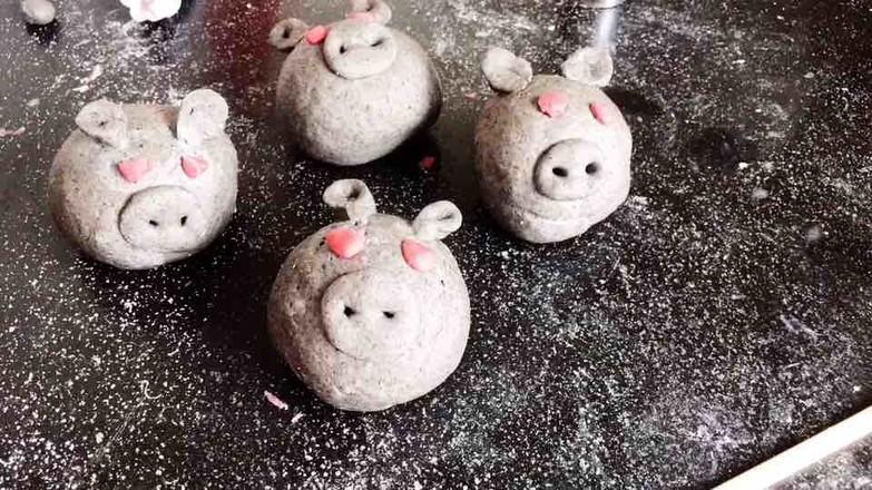 鲜花小猪馒头的家常做法