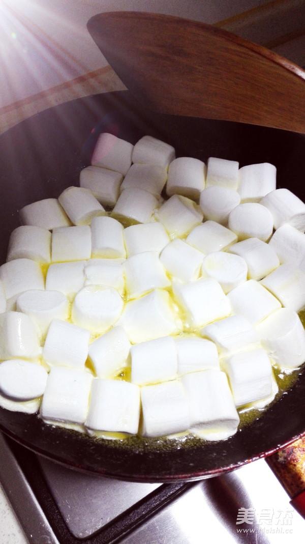 棉花糖版牛轧糖的家常做法