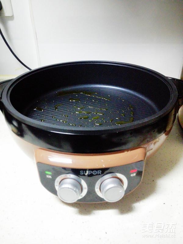 培根金针菇卷的简单做法